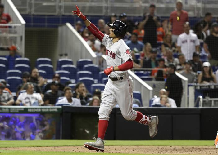 Hanley Ramirez rescues Red Sox for win in home opener