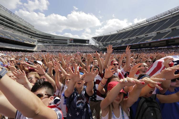 Chicago, Minneapolis, Arizona drop World Cup bid, blast FIFA