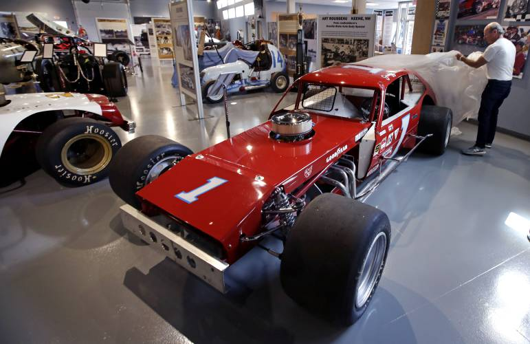 New Museum Tells Story Of New England Car Racing History