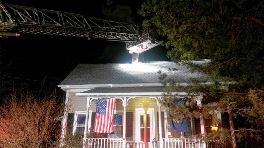 Firefighters respond to chimney fire in Concord