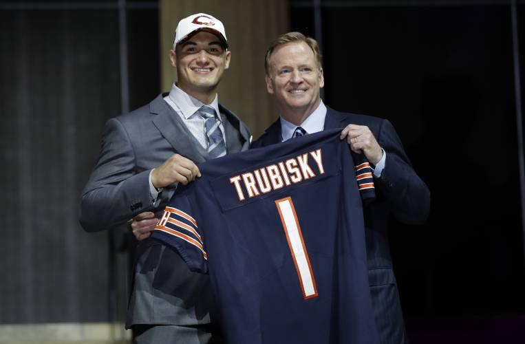 NFL Draft Grades for All 32 First-Round Picks