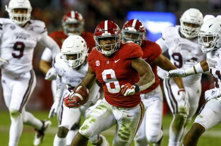 College Football Playoff Rankings Maintain Status Quo With No