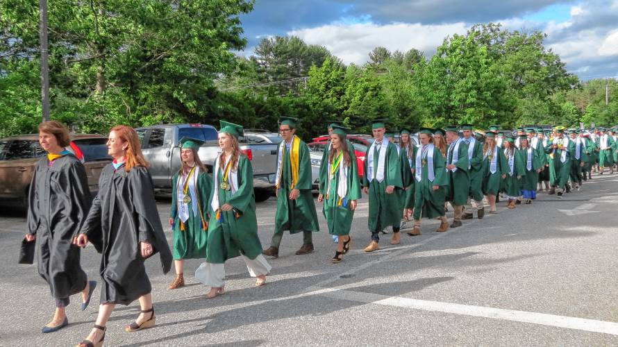Best Arena Class 2019 Hopkinton High School graduates are told to become best version of