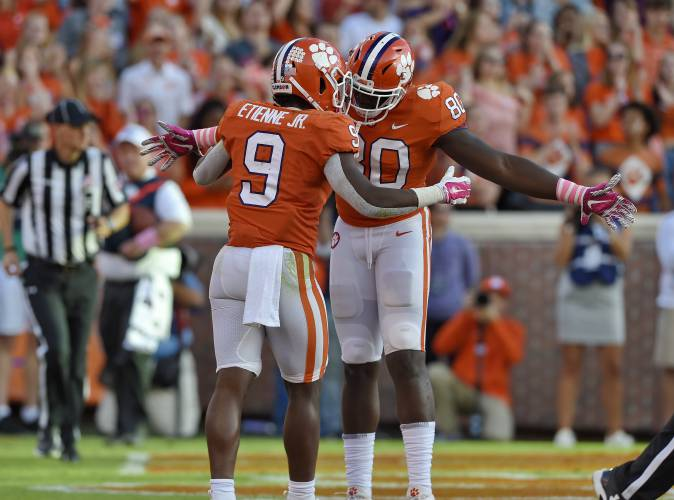 Ap Top 25 Clemson Back To 2 App State Ranked For 1st Time