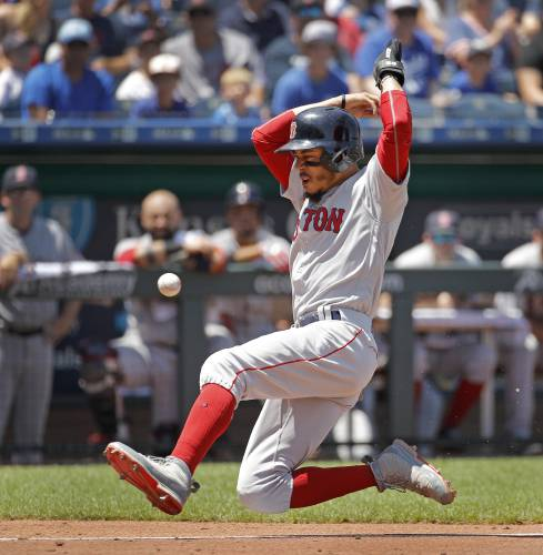 81bdfef4 Red Sox sweep Royals, on pace for 100 wins with MLB's best record