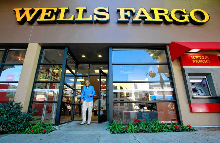 Berenberg Bank Lowers Wells Fargo & Company (NYSE:WFC) to Sell