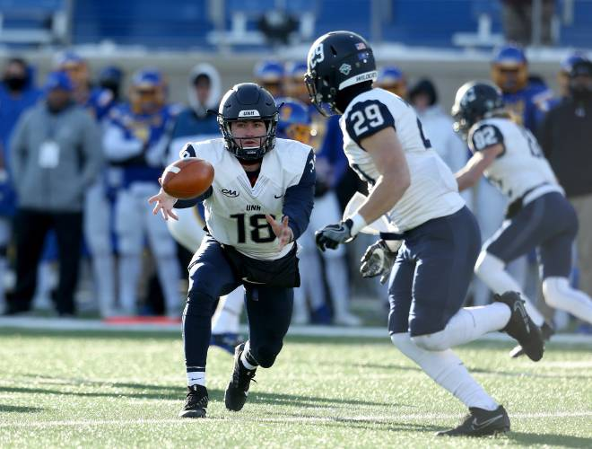 Unh Football Ready For Season Opener Vs Rival Maine