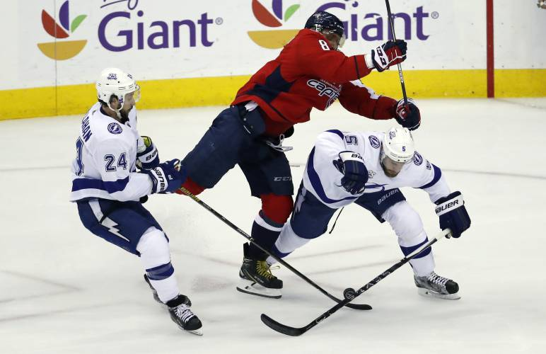 Capitals rough up Lightning to force Game 7 in East final 862f86aa01c