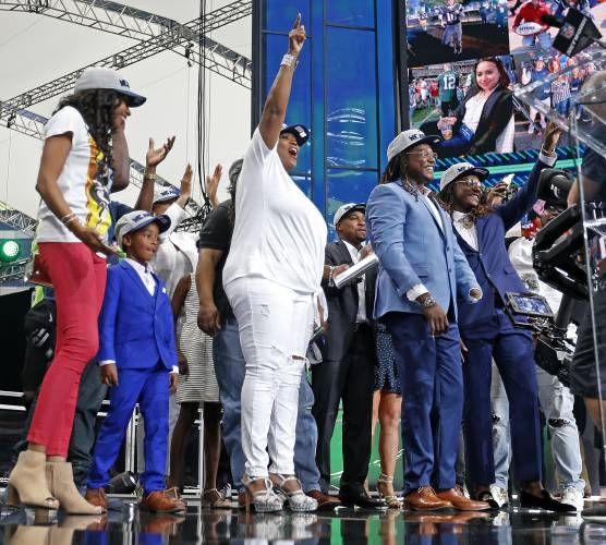 The family members of Shaquem Griffin take the stage during the NFL  football draft in Arlington 6c2d2842510