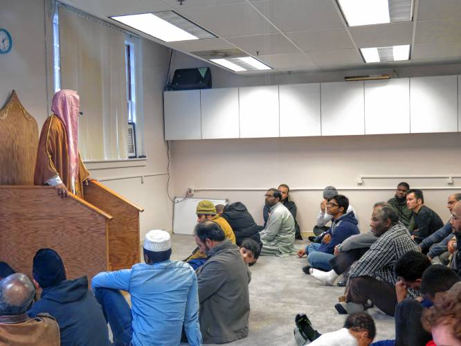 new concord muslim Imam mustafa akaya speaks to his congregation at the islamic society of greater concord's new mosque friday caitlin andrews / monitor staff imam mustafa akaya speaks to his congregation at the islamic society of greater concord's new mosque friday, march 2, 2018 the organization closed on the former capital offset building.