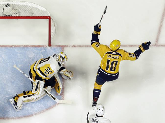 Preds rout Pens to pull within 2-1