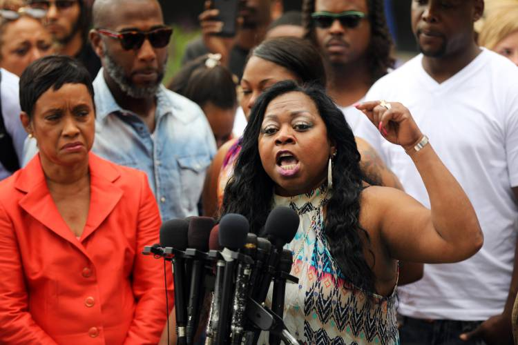 Philando Castile's Family Reaches $3M Settlement Over His Death