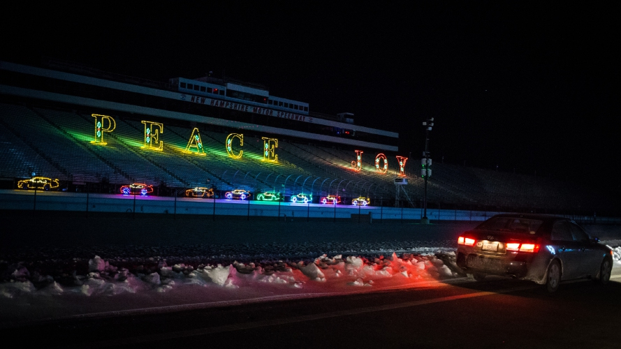 Photos gift of lights at nhms for New hampshire motor speedway christmas lights