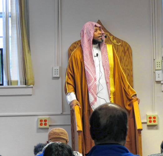 After long wait, Concord Islamic society settles into new mosque