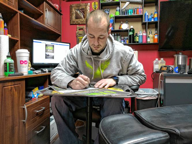 tattoo shops marathon event will benefit lyme disease research inkgeeks tattoos. Black Bedroom Furniture Sets. Home Design Ideas