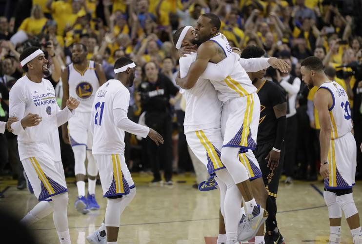 Image result for Kevin Durant, Stephen Curry lead Warriors to NBA finals win