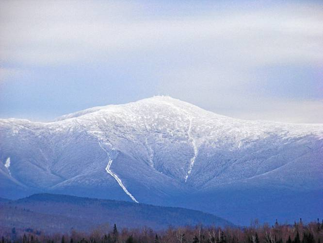 N.H. officials warn of spring hiking dangers after Mount