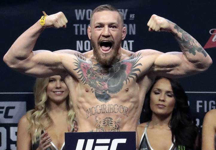 Conor McGregor confirms fight with Floyd Mayweather in tweet with shade included