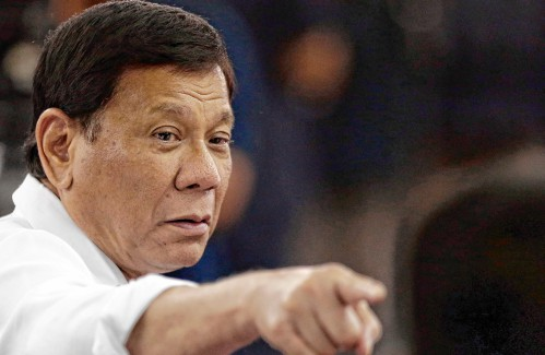 Duterte tells soldiers to shoot female rebels in the genitals