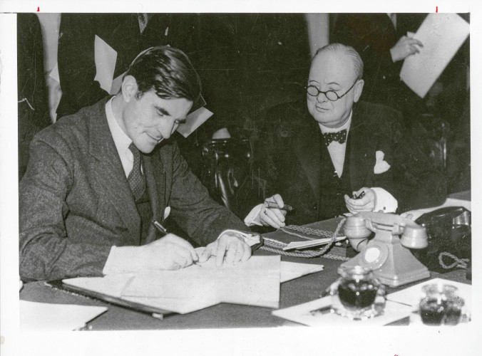 Winant Becomes WWII Ambassador To Great Britain