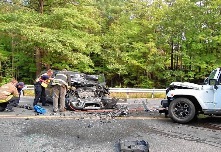 Police: 1 man dead in head-on crash on Route 106 in Belmont