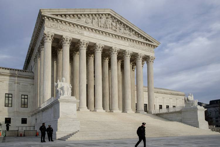 Us Supreme Court To Weigh Level Of >> Supreme Court Weighs Case Of Mexican Boy Slain Across Border