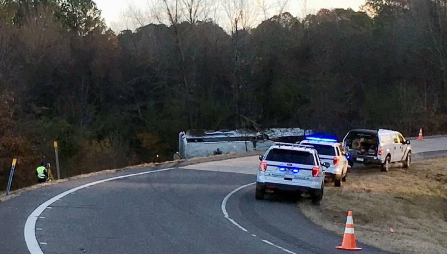 One child dead, 45 people hurt in Arkansas charter bus crash
