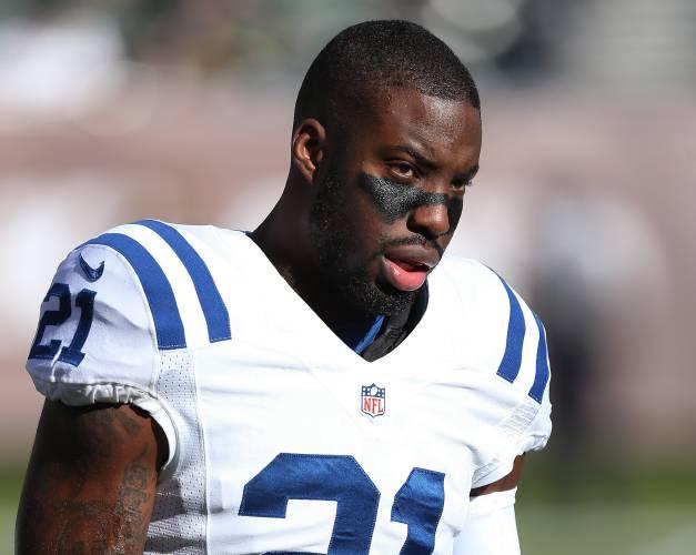 Colts release Vontae Davis after publicly airing complaints