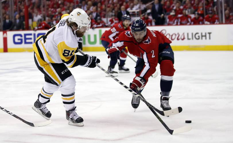Caps win pivotal Game 5, 6-3, to put Pens on brink