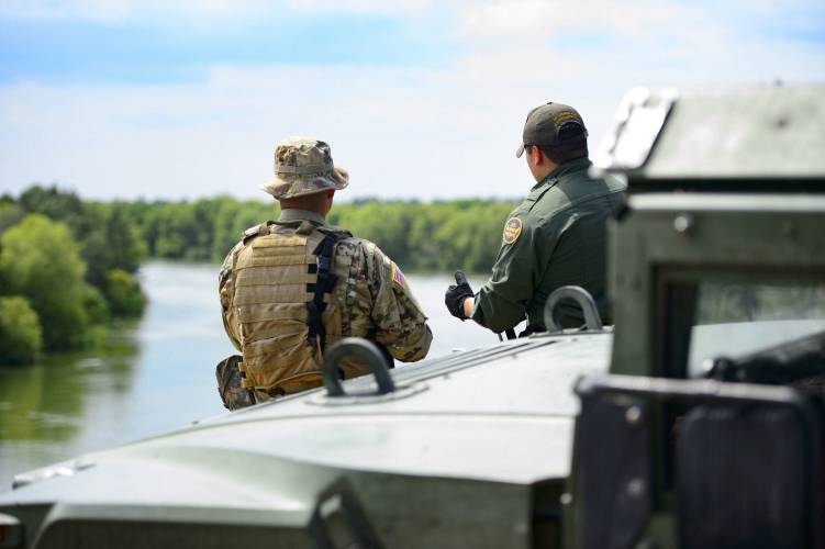 U S  troops deployed at the border limited in what they can do