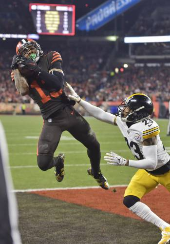Browns Steelers Brawl At End Of Cleveland S 21 7 Win