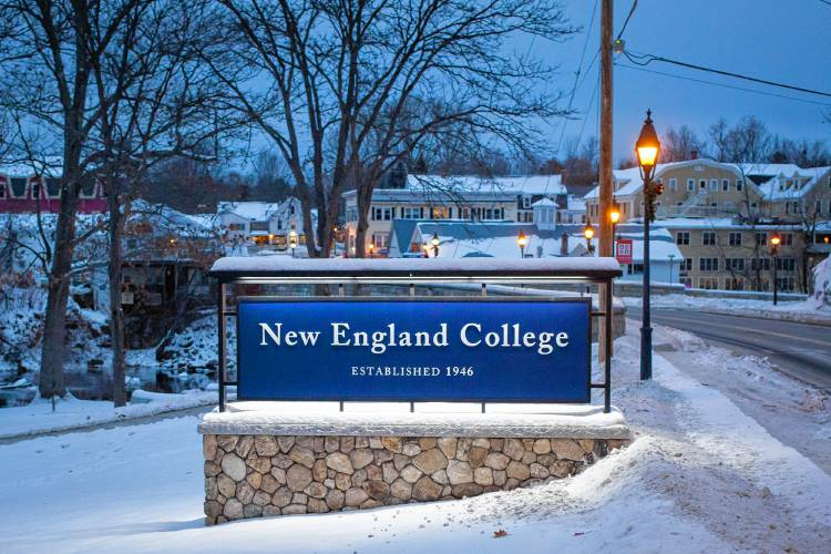 New England College Woos Students From Closed Mt Ida