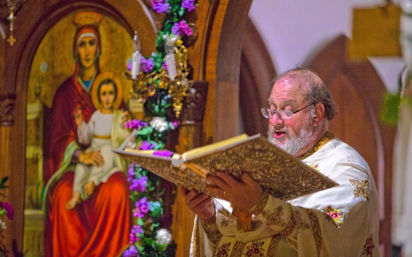 Holy Trinity celebrates Greek Easter