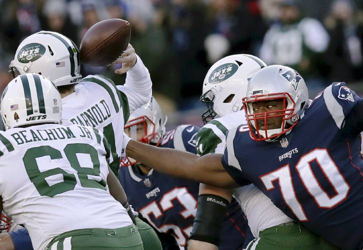 b94a4ea2 Patriots clobber Jets, clinch 1st-round bye, No. 2 seed