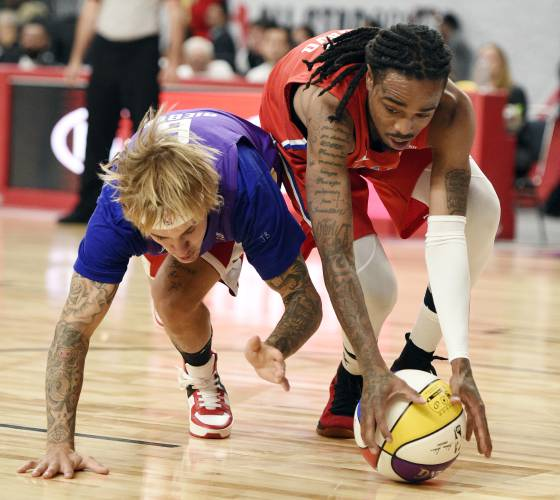 f3ae76bb3 Migos star shines in NBA All-Star celebrity game