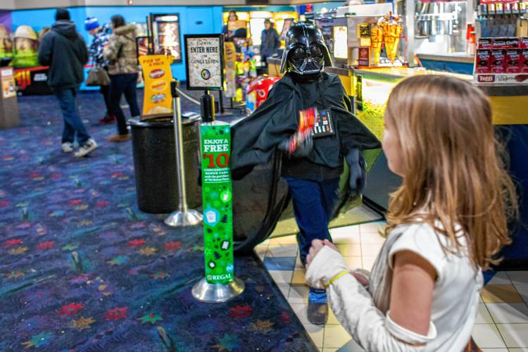 premiere of new star wars film offers family friendly fun premiere of new star wars film offers family friendly fun