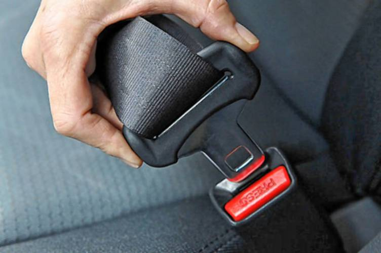 Buckle Up For New Fight In Old Battle Over Adult Seat Belt Use In N H