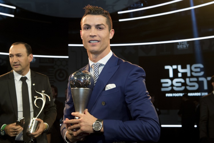 Cristiano Ronaldo wins FIFA best player award for fourth time 5d974c9b41404
