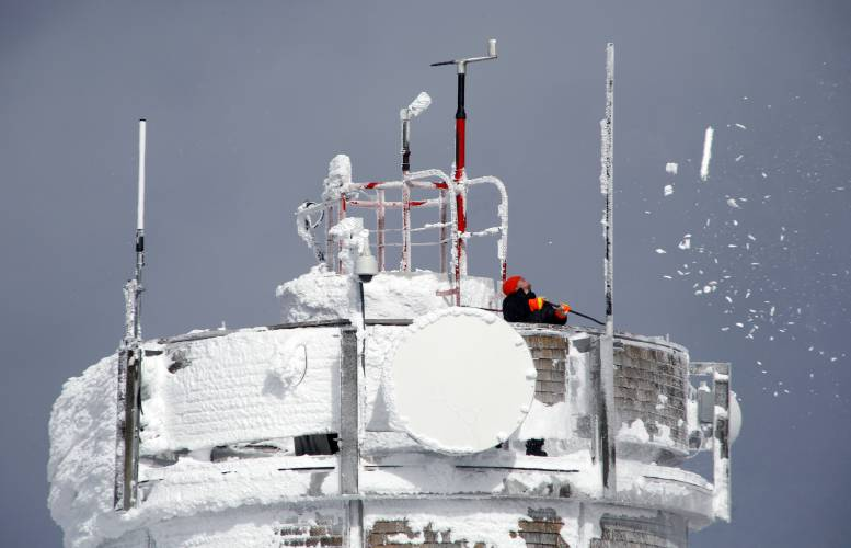 Mount Washington is setting for observatory-railway storm