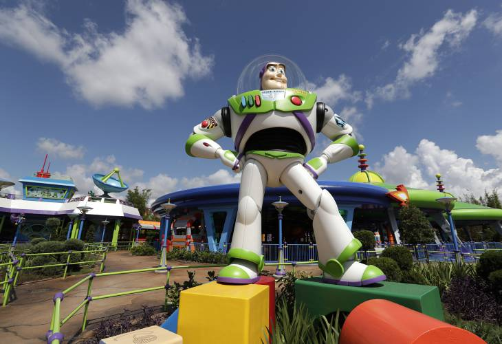 To Infinity Toy Story Land Opens At Disney
