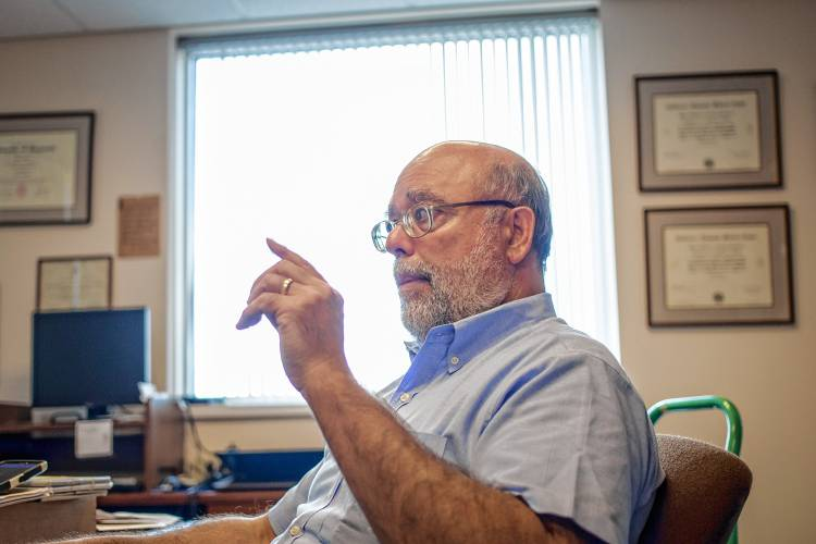 Medical examiner\'s office faces work overload amid opioid crisis