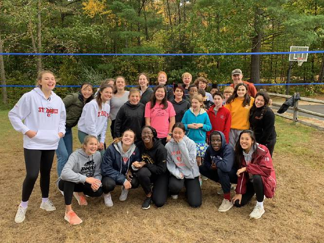 St. Paul's School volleyball team comes to Beech Hill School