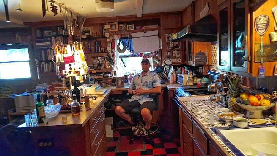 Wild Bill S Kitchen Hours