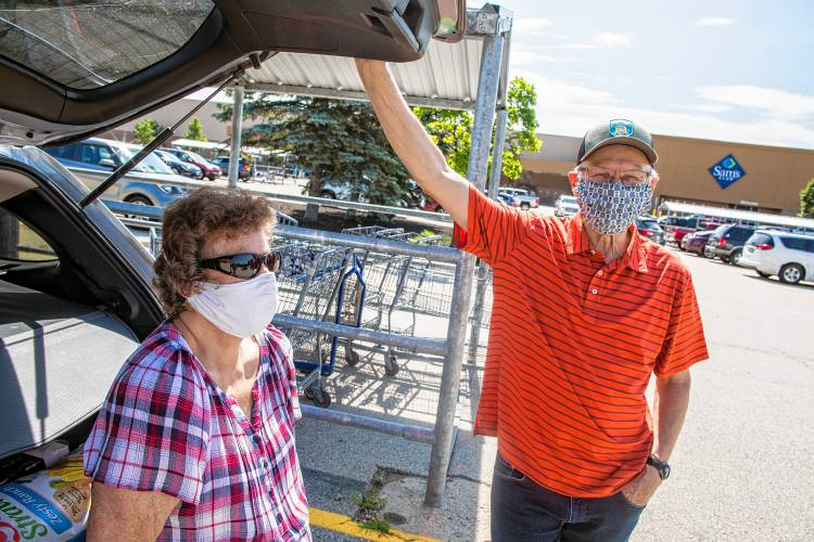 Businesses Implement Their Own Mask Mandates To Keep People Safe